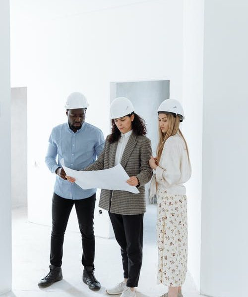 An essential guide on choosing the best construction contractor for a residential project